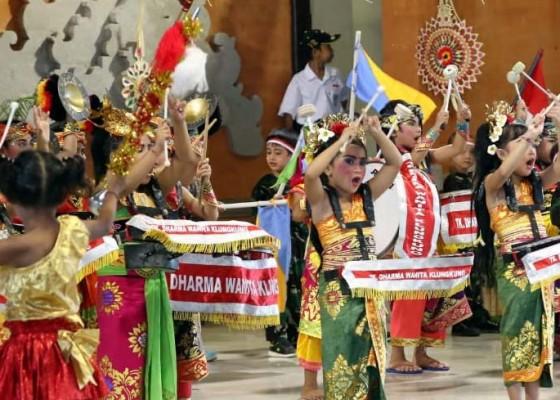 Nusabali.com - tk-gema-santi-gelar-pentas-seni