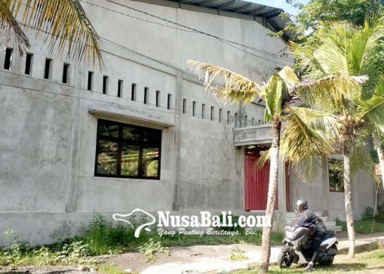 Nusabali.com - terkesan-mangkrak-lapangan-futsal-akan-dirampungkan-tahun-ini