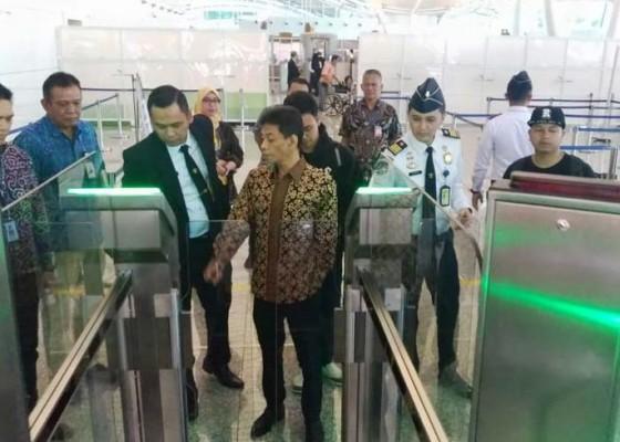 Nusabali.com - bandara-ngurah-rai-dilengkapi-16-autogate
