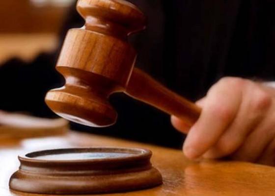 Nusabali.com - sopir-pick-up-dituntut-15-tahun