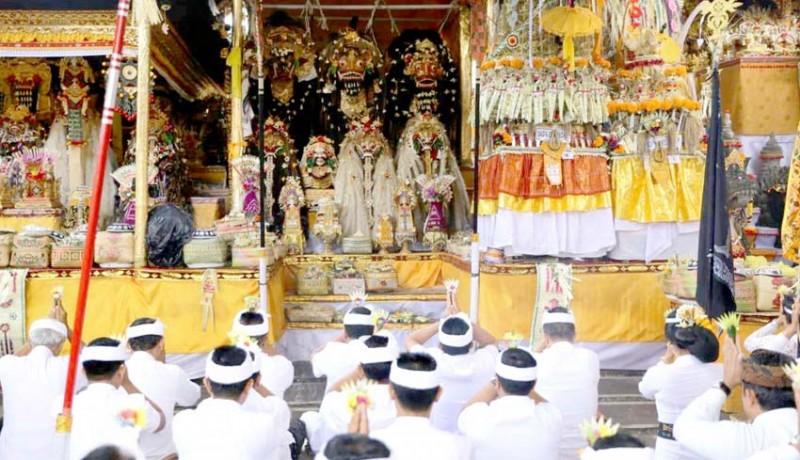 www.nusabali.com-banjar-taman-kaja-ubud-gelar-karya-padudusan-agung