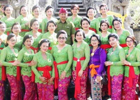 Nusabali.com - badung-raih-juara-i-lomba-gebogan-dan-banten-prayascita
