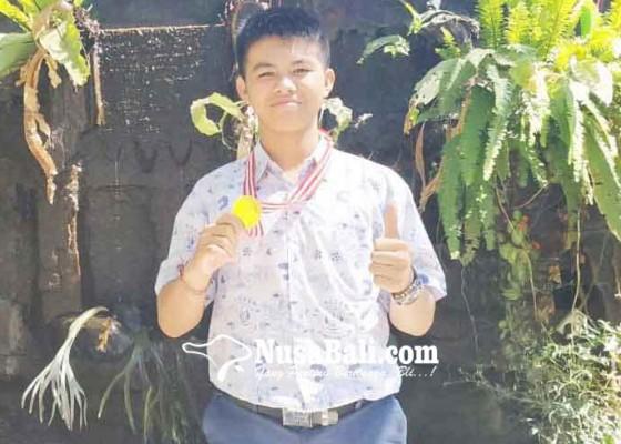Nusabali.com - alumnus-smpn-4-singaraja-lolos-olimpiade-matematika-di-hongkong