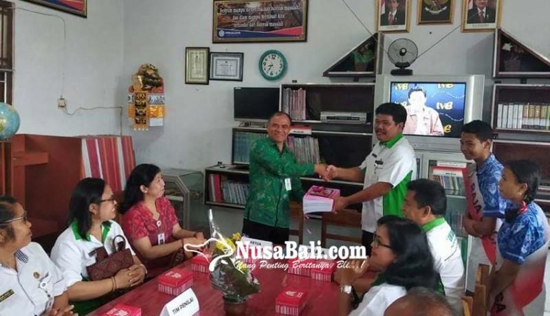 www.nusabali.com-smpn-1-semarapura-buat-pojok-baca-inovasi
