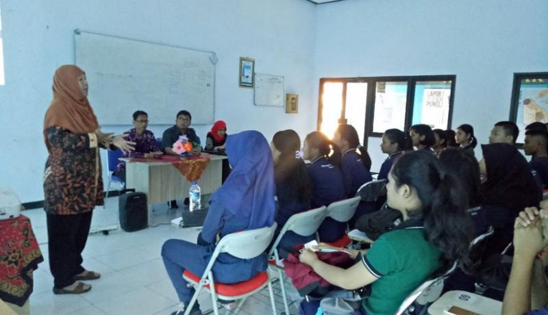 www.nusabali.com-dilirik-pt-dirgantara-indonesia-lulusan-smk-penerbangan-cakra-nusantara-bakal-direkrut-jadi-karyawan