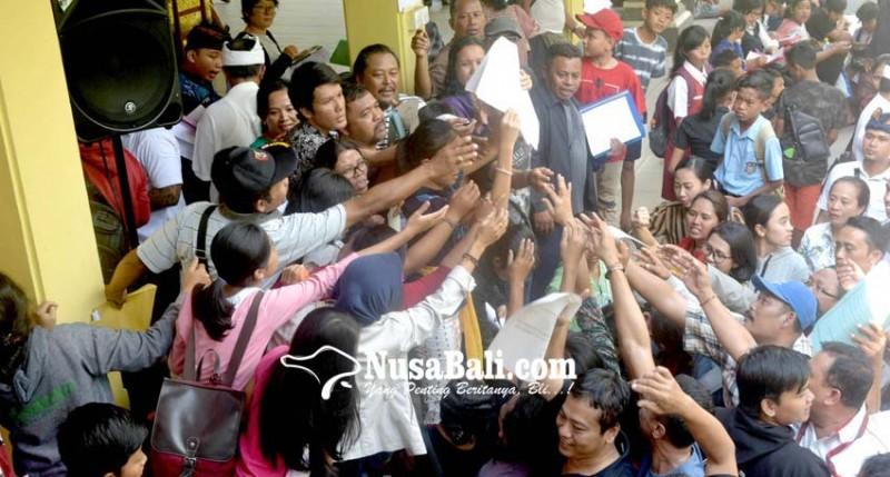www.nusabali.com-verifikasi-ppdb-smp-di-denpasar-ricuh