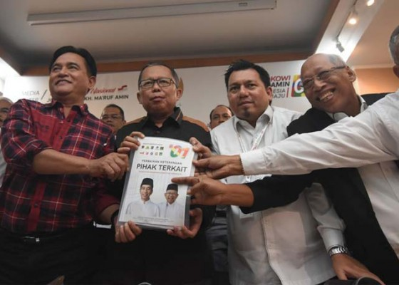 Nusabali.com - adu-data-dan-duel-alumni-lbh-di-mk