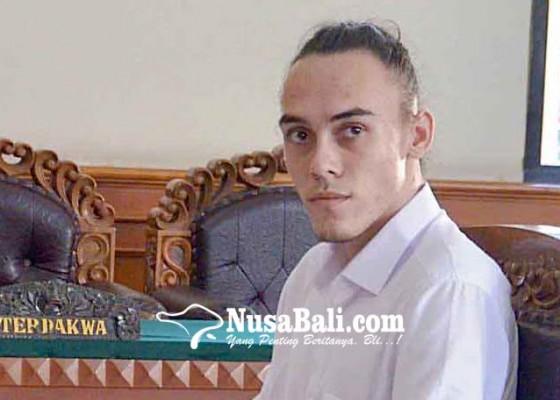 Nusabali.com - nyabu-pemuda-keturunan-belanda-divonis-25-tahun