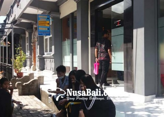 Nusabali.com - legalisir-kk-dan-akta-dipertanyakan