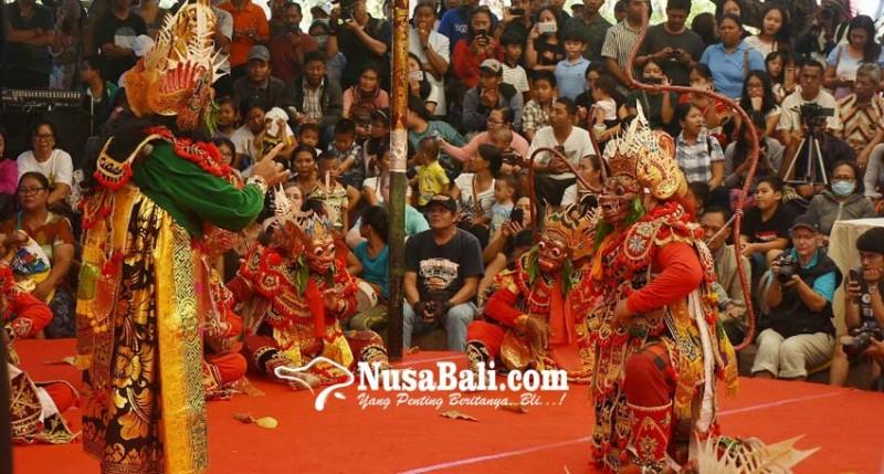 www.nusabali.com-wayang-wong-tejakula-undang-decak-kagum-penonton