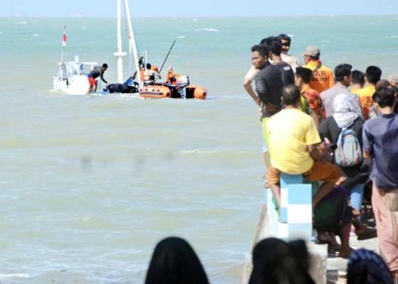 Nusabali.com - 17-penumpang-tewas-dan-4-hilang