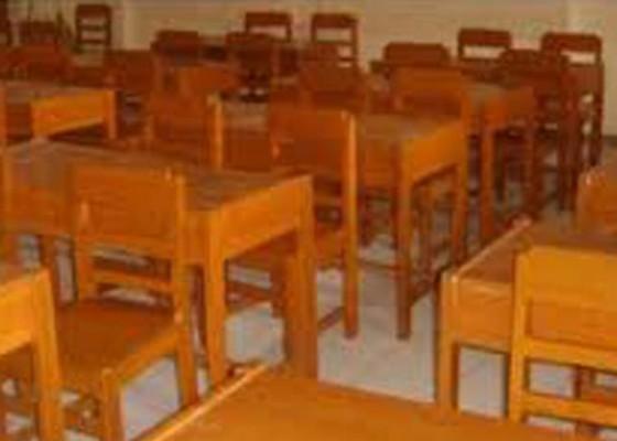 Nusabali.com - smp-negeri-dilarang-tambah-kelas