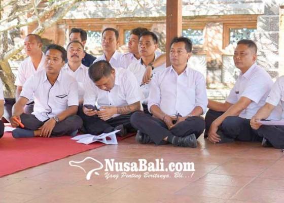Nusabali.com - panitia-siapkan-30-nopol-pimpinan-daerah
