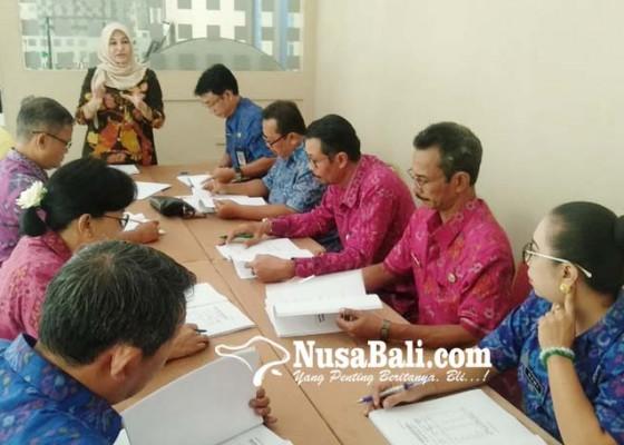 Nusabali.com - pelamar-diuji-ambil-keputusan-strategis