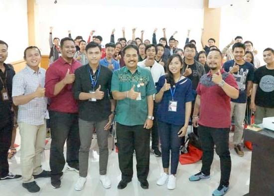 Nusabali.com - pelatihan-fotografi-isi-liburan-sekolah