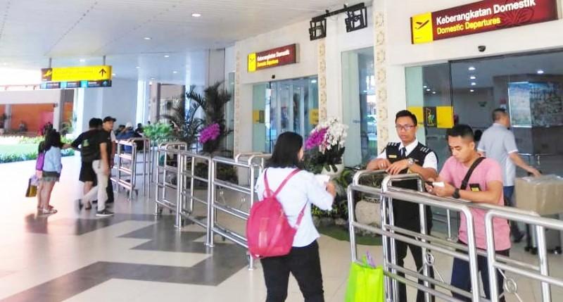 www.nusabali.com-tiket-mahal-pergerakan-penumpang-di-ngurah-rai-landai