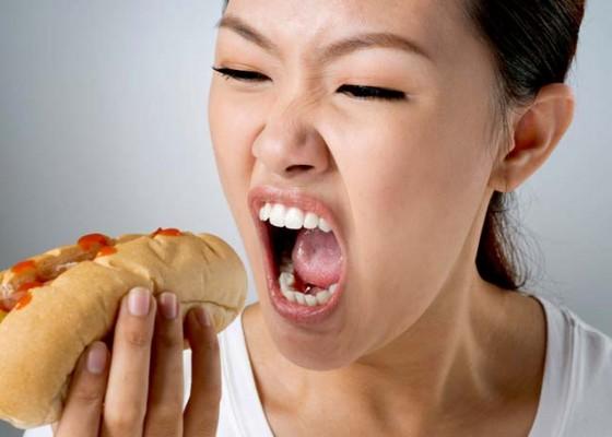 Nusabali.com - kesehatan-mengurangi-ketagihan-makanan-cepat-saji