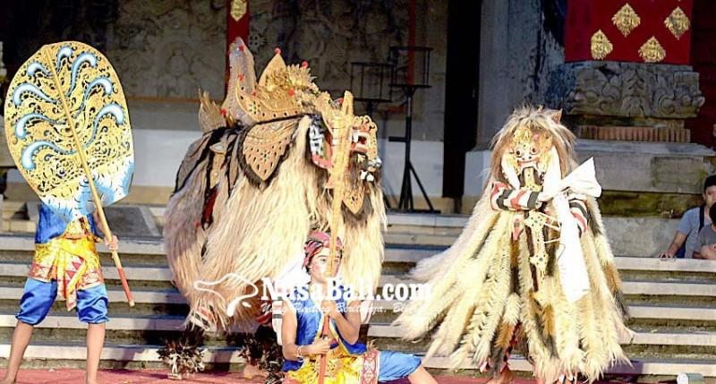 www.nusabali.com-pesan-rwa-bhineda-dalam-ngelawang