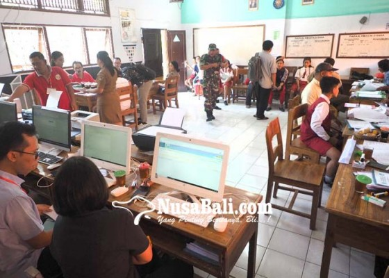 Nusabali.com - 2-smpn-jadi-rebutan-jalur-prestasi
