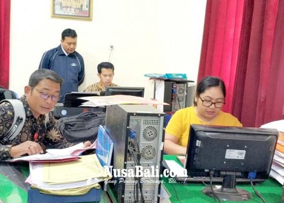 Nusabali.com - hari-pertama-jumlah-pendaftar-dekati-kuota-non-zonasi-di-smpn-1-negara