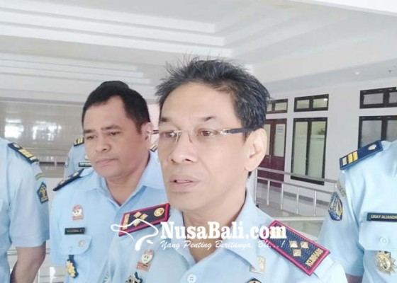 Nusabali.com - imigrasi-akan-serahkan-bule-gembel-ke-kedutaannya