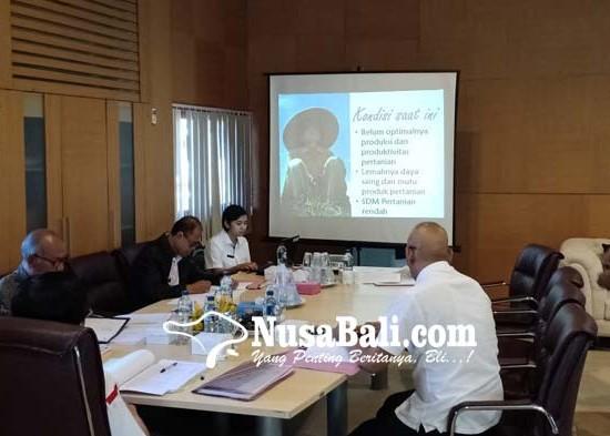 Nusabali.com - sekdis-pertanian-sumiarta-diunggulkan