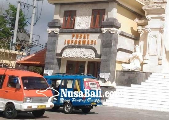 Nusabali.com - angkot-mulai-ngetem-di-terminal-loka-crana