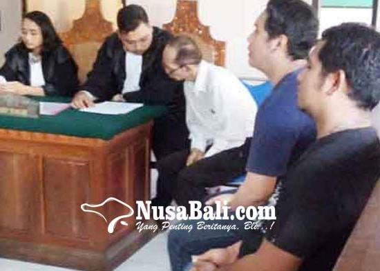 Nusabali.com - ambil-tempelan-shabu-mantan-dosen-disidang