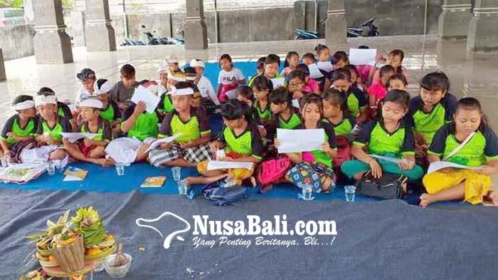 www.nusabali.com-desa-padangbai-gelar-pasraman