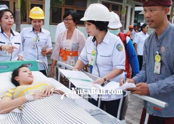 Nusabali.com - gempa-pasien-rs-sanglah-dilanda-kepanikan