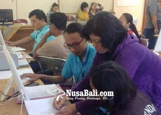 Nusabali.com - pendaftar-sman-1-singaraja-lewati-kuota