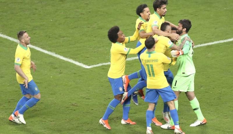 www.nusabali.com-depak-paraguay-brasil-ke-semifinal