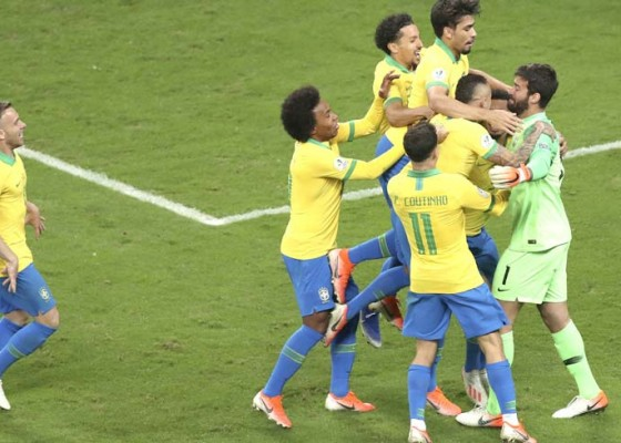 Nusabali.com - depak-paraguay-brasil-ke-semifinal