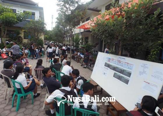 Nusabali.com - siswa-serbu-sman-1-dan-sman-2-semarapura