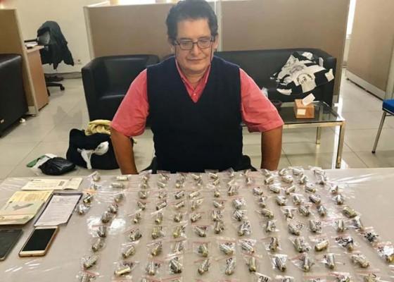 Nusabali.com - wn-peru-bertelur-124-kapsul-kokain