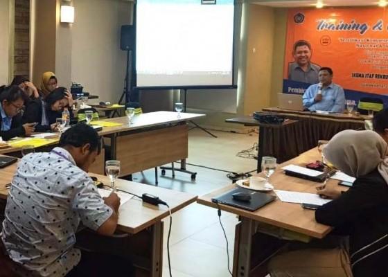 Nusabali.com - tenaga-pendidik-smk-penerbangan-cakra-nusantara-telah-bersertifikasi-bnsp