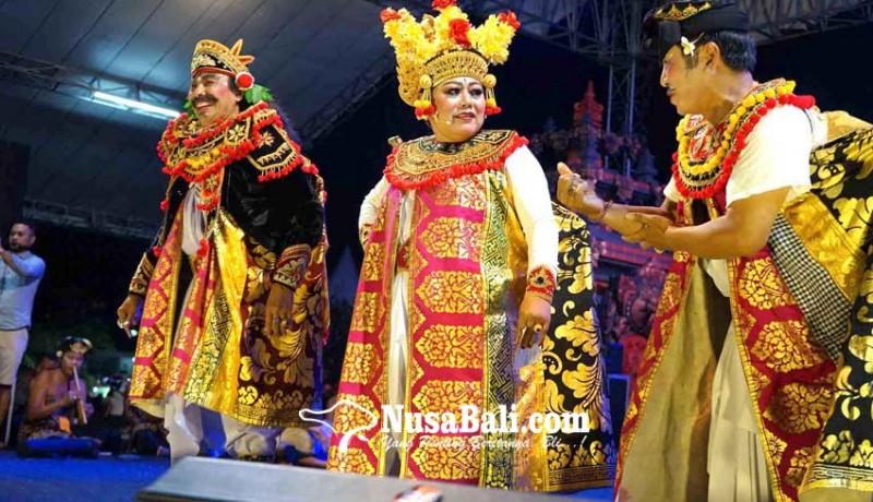 www.nusabali.com-pentas-arja-bupati-mas-sumatri-perankan-manteri-buduh