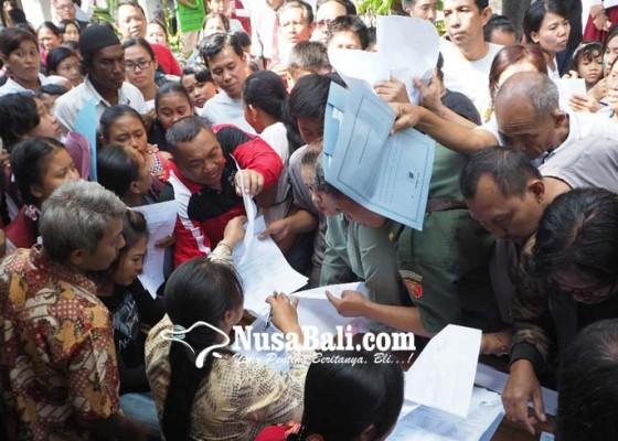 Nusabali.com - pengumuman-ppdb-smp-diserbu-siswa