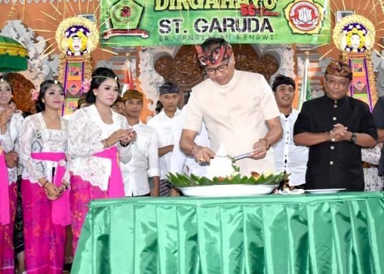 Nusabali.com - hadiri-hut-ke-56-sekaa-teruna-garuda-wabup-suiasa-ajak-lestarikan-seni-dan-budaya