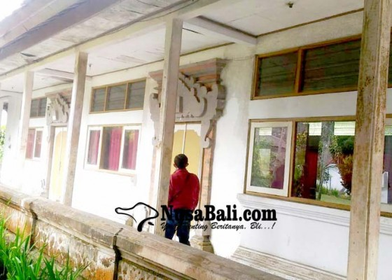 Nusabali.com - asrama-skb-rusak-berat