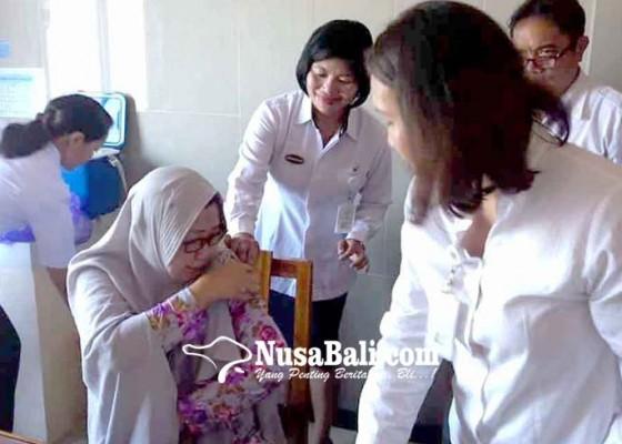Nusabali.com - 66-calon-haji-tes-kesehatan