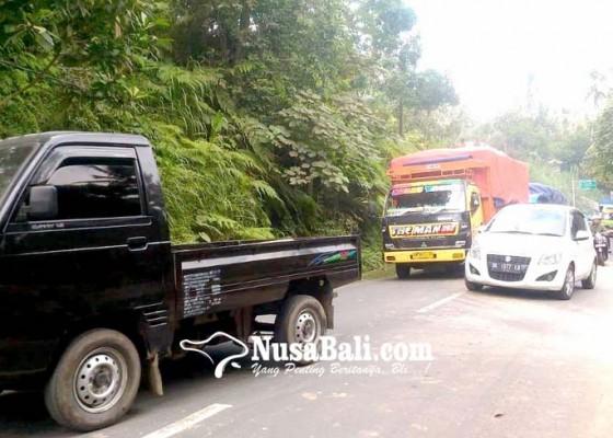 Nusabali.com - truk-mogok-lalu-lintas-terhambat