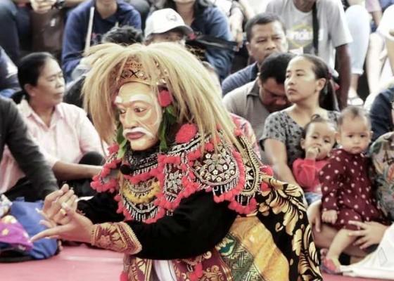 Nusabali.com - seniman-muda-badung-tampilkan-topeng-prembon