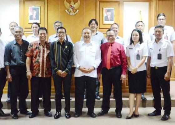Nusabali.com - komisi-iii-godok-perda-pdam-tirta-mangutama-badung