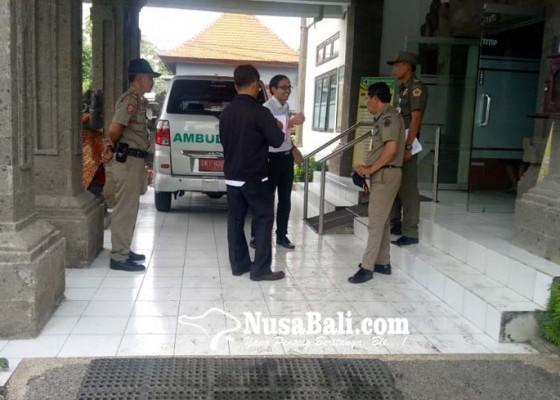 Nusabali.com - sidak-ktr-satpol-pp-temukan-putung-rokok-di-puskesmas