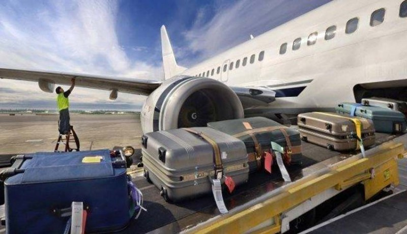 www.nusabali.com-eva-air-batalkan-550-penerbangan