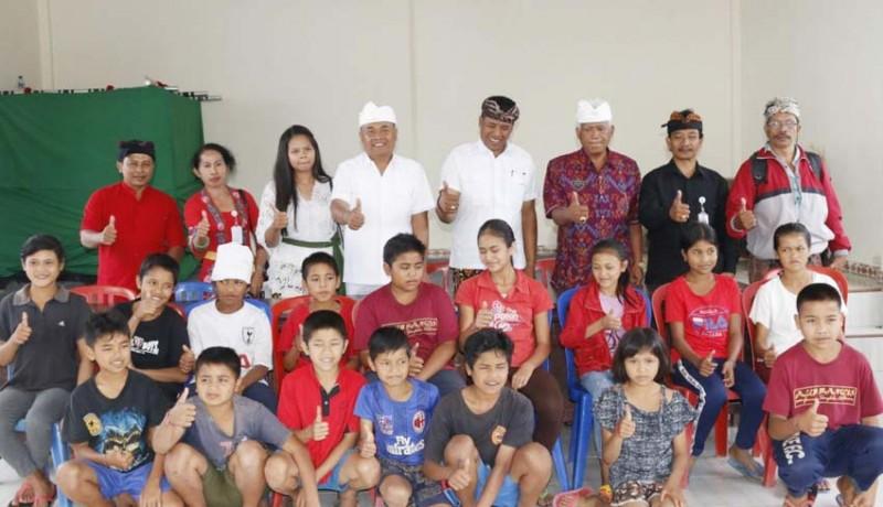 www.nusabali.com-bupati-aktifkan-lagi-smp-satu-atap-dan-siap-jadi-guru-pengajar