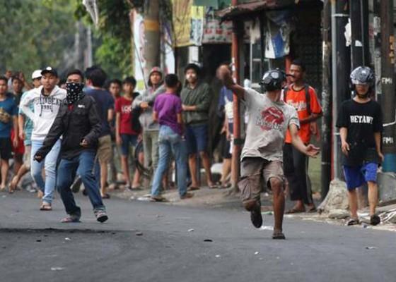 Nusabali.com - 8-kelompok-rancang-kerusuhan-mei-1-orang-dpo