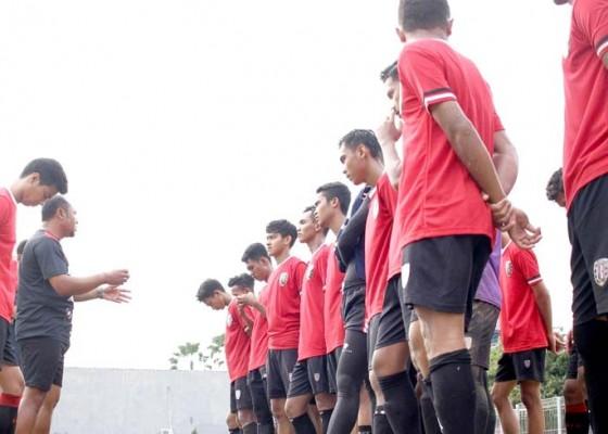 Nusabali.com - jelang-epa-bali-united-u-16-tambah-dua-pemain-baru
