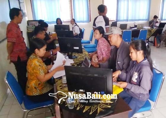 Nusabali.com - sman-8-denpasar-hanya-tambah-36-siswa